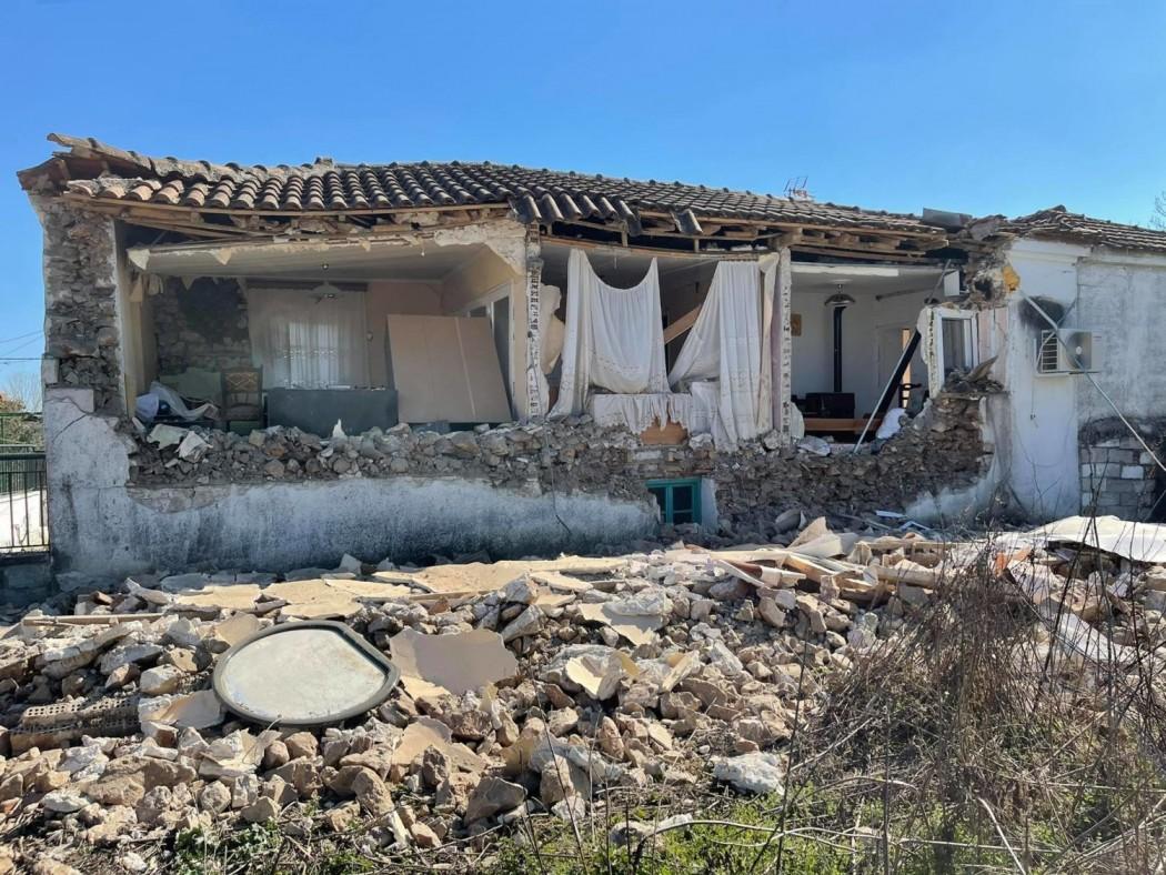 Μεσοχώρι Ελασσόνας: Εδώ κατοικούσε ο ηλικιωμένος που σώθηκε (φωτ.)