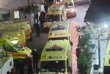 Η σοκαριστική φωτό με τα ασθενοφόρα στον Ευαγγελισμό -«Δεν υπάρχει κενό κρεβάτι ΜΕΘ», λέει ο διοικητής