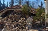 Σεισμός: Λαρισαίος έπεσε από τον δεύτερο όροφο για να σωθεί – Άλλος έπεσε από ημιώροφο