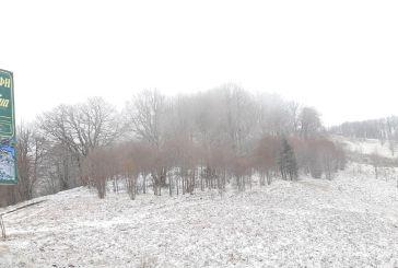 Aπριλιάτικο χιόνι στην Ορεινή Ναυπακτία