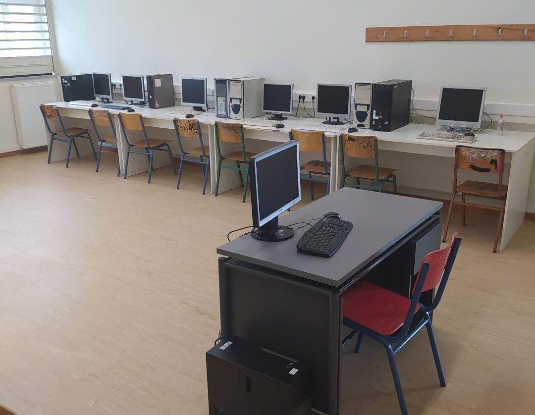Το 2ο Γυμνάσιο Μεσολογγίου ενισχύει τον τεχνολογικό του εξοπλισμό