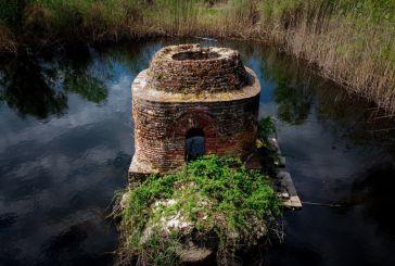 Αγία Τριάδα Μαύρικα: βίντεο που συγκινεί για το βυθισμένο στο νερό μνημείο του Αγρινίου