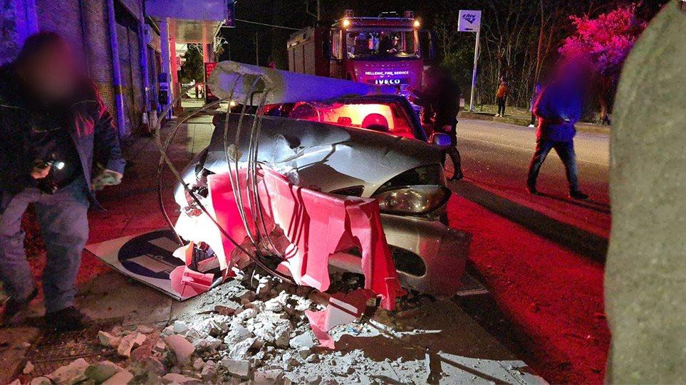 Λαμία: Νεαρή μητέρα «έσβησε» στο τιμόνι με τα παιδιά της μέσα στο αυτοκίνητο