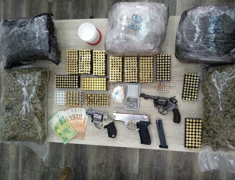 Πιάστηκαν δύο διακινητές ναρκωτικών στην Πάτρα