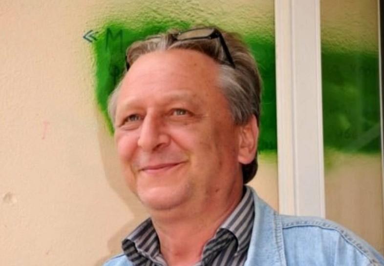 Ναύπακτος: Φορείς και πρόσωπα αποχαιρετούν τον Κώστα Καρακώστα που άφησε έντονα το στίγμα του