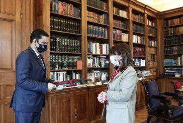 Ο δήμαρχος Αγρινίου στην Πρόεδρο της Δημοκρατίας: Θετική η Σακελλαροπούλου να παραστεί στον εορτασμό της 11ης Ιουνίου
