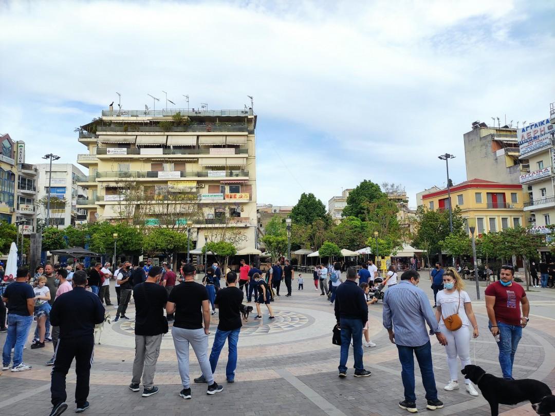 Συγκέντρωση κυνοφίλων στο Αγρίνιο-διαμαρτύρονται για το νέο νομοσχέδιο