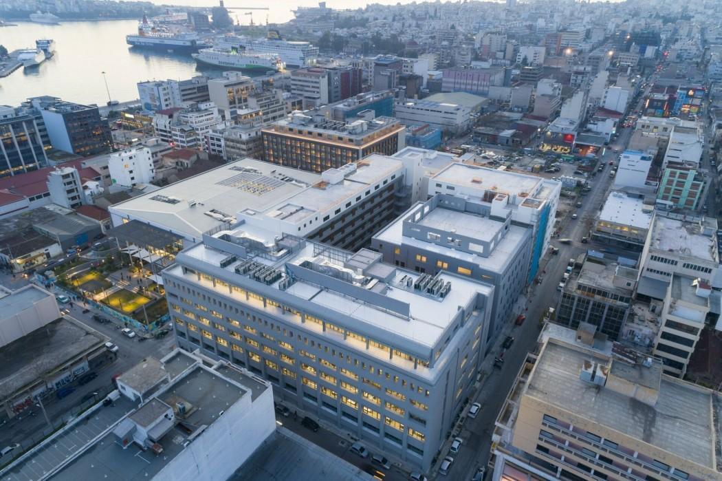 Το πρώην εργοστάσιο της «Παπαστράτος» στον Πειραιά μετατρέπεται σε εντυπωσιακά γραφεία