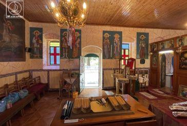 Ζωντανά ο εσπερινός από το ξωκλήσι της Αγίας Τριάδας Αμφιλοχίας, στο Κάστρο Λιμναίας