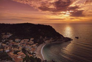 Ένα βίντεο μας «ταξιδεύει» στον αγαπημένο Άγιο Νικητα και την παραλία Μύλος της Λευκάδας