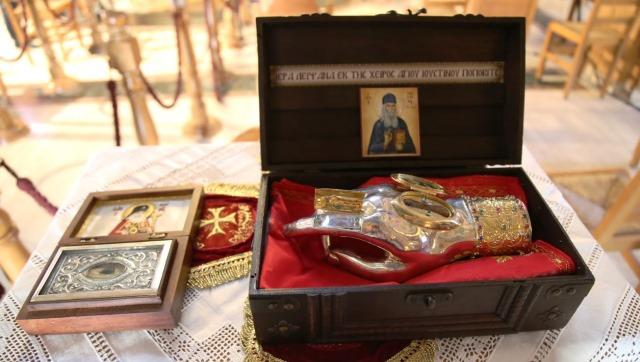 Ναύπακτος: Κυριακή των Αγίων Πατέρων με συνεορτασμό αγίων Λουκά Ιατρού και Ιουστίνου Πόποβιτς