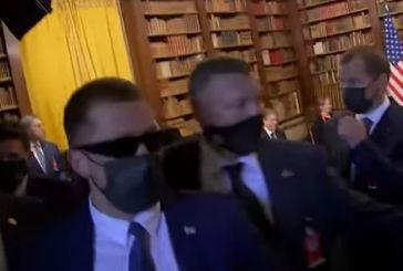 Χάος στη συνάντηση Μπάιντεν – Πούτιν: Σπρωξίματα και φωνές ανάμεσα σε Αμερικανούς και Ρώσους δημοσιογράφους