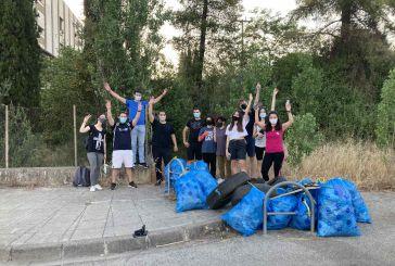 Συνεχίζει να καθαρίζει η εθελοντική ομάδα «Save Your Hood Agrinio»