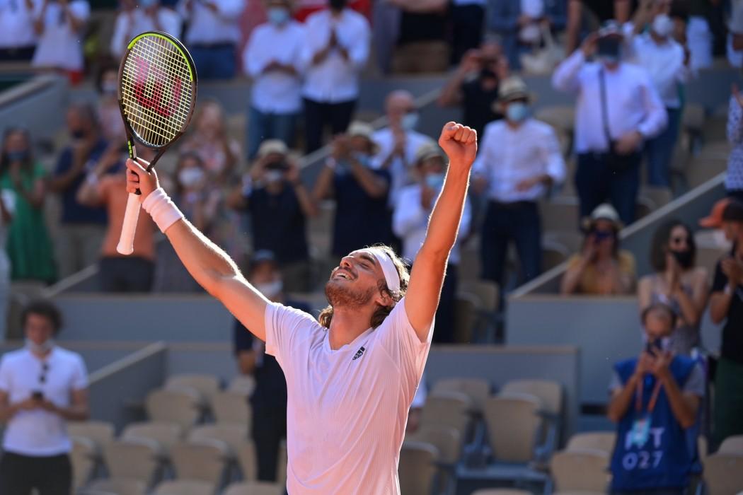 Μυθικός Τσιτσιπάς: Εγραψε ιστορία και προκρίθηκε στον τελικό του Roland Garros