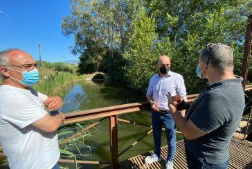 Λίμνη Βουλκαριά: Δειγματοληψίες και αυτοψία Αμυρά για το φαινόμενο των νεκρών κυπρίνων