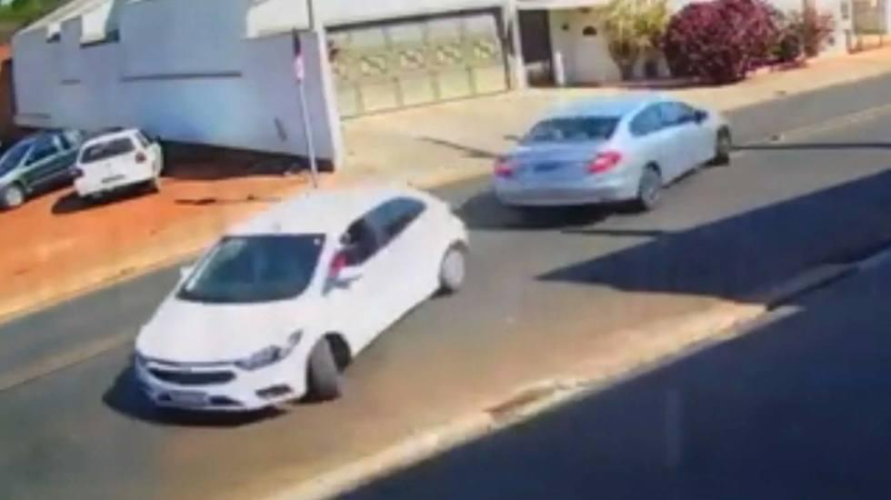 Ίσως το πιο γελοίο τρακάρισμα (βίντεο)