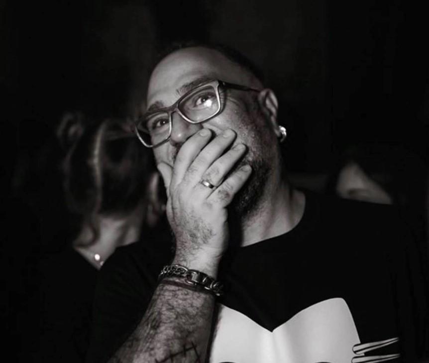 Αυτός είναι ο DJ που πέθανε από ηλεκτροπληξία – «Έφυγες νωρίς», λένε οι φίλοι του
