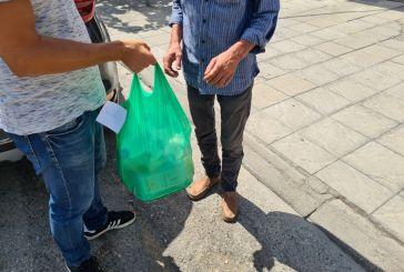 Streetwork για την αντιμετώπιση του καύσωνα από τις Δομές Αστέγων Δήμου Αγρινίου
