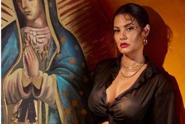 Μαρία Κορινθίου: Η φωτογραφία δίπλα στην Παναγία και η οργή των follower – Λίγη ντροπή…