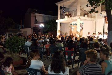 Εντυπωσίασε η παράσταση «Ήρωες Πολέμου – Μνήμες που ζωντανεύουν» στα Καλύβια