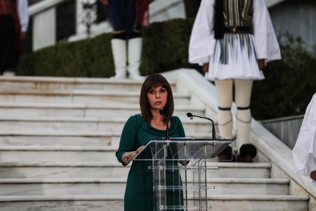 Έκκληση Σακελλαροπούλου για το εμβόλιο του κορονοϊού: Το τέλος της πανδημίας είναι δική μας ευθύνη!