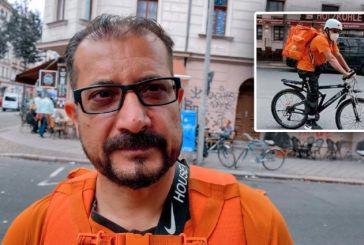 Αφγανός υπουργός έγινε διανομέας με ποδήλατο στη Γερμανία και τώρα τον κάνουν μάνατζερ