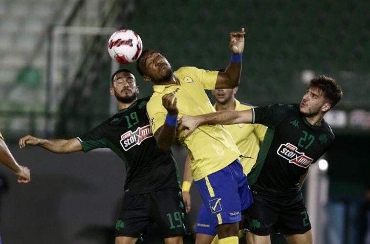 Κορνέλιους: Η εθνική Καναδά, το MLS και το ελπιδοφόρο ντεμπούτο του με τον Παναιτωλικό