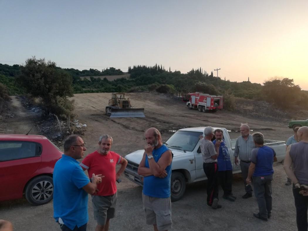 Κλιμάκιο του ΚΚΕ στις πληγείσες από την πυρκαγιά περιοχές στο Δήμο Ακτίου-Βόνιτσας
