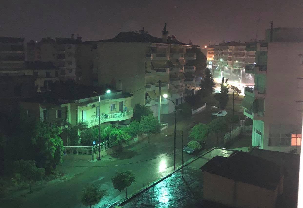 To meteo δείχνει «πόσο άνοιξαν οι ουρανοί» την περασμένη νύχτα στο Αγρίνιο
