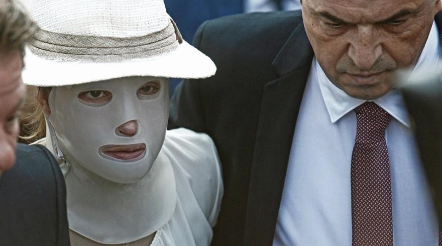 Επίθεση με βιτριόλι – Η οργισμένη απάντηση της Ιωάννας σε όσα υποστηρίζει ο 40χρονος