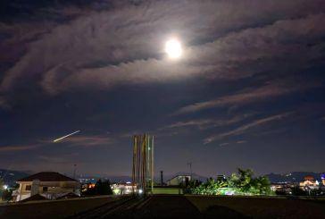 Το μετέωρο που φώτισε τη νύχτα στην Ελλάδα- Εντυπωσιακή εικόνα από το Καινούργιο