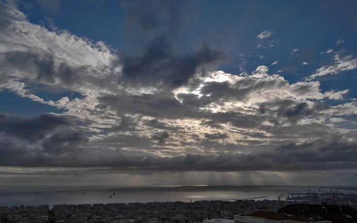 Καιρός: Εβδομάδα με κανονικές θερμοκρασίες στην Αιτωλοακαρνανία, πιθανές βροχές το βράδυ της Τετάρτης
