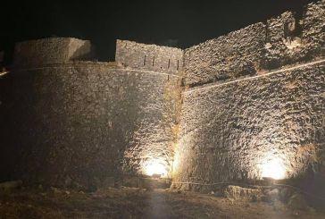 Δήμος Ακτίου- Βόνιτσας: Φωταγωγήθηκε το κάστρο της Πλαγιάς