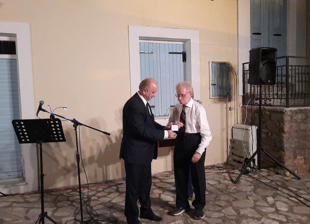 Με το Χρυσό Μετάλλιο αναγνωρίστηκε η προσφορά του Σωτήρη Κωτσόπουλου στο Μεσολόγγι