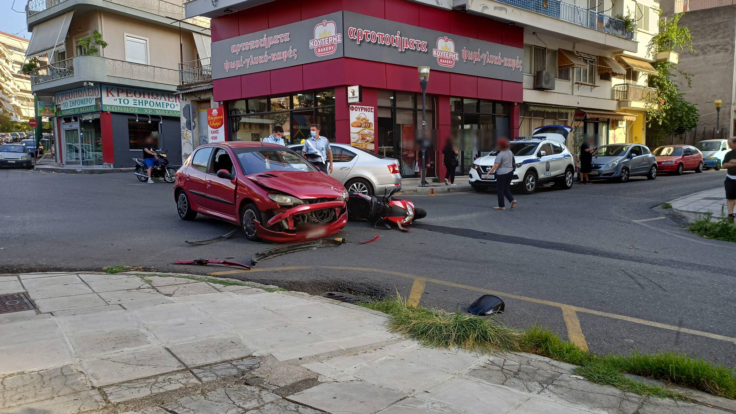 Αγρίνιο: ένα ακόμη τροχαίο στα «Τρία Φανάρια»