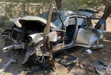 Σαρδίνια Αμφιλοχίας: Βγήκε σώος από τα συντρίμμια ο οδηγός (φωτο)