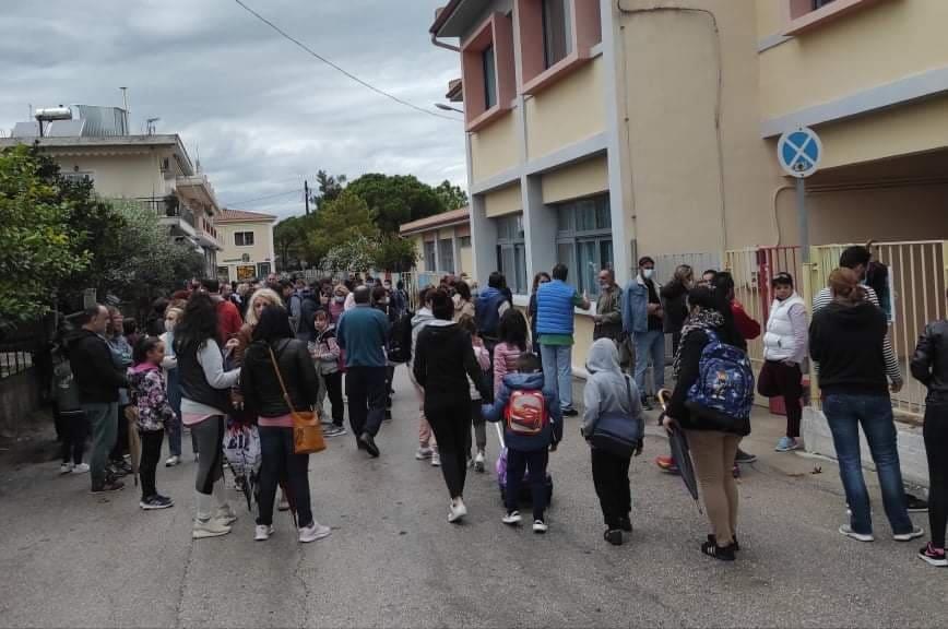 Έντονες αντιδράσεις στη Βόνιτσα για τη συγχώνευση τμημάτων στο 1ο Δημοτικό Σχολείο