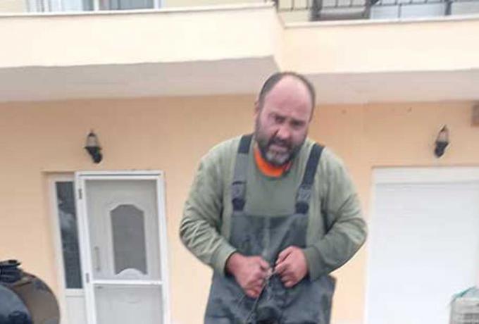 Παραλίγο… φάλαινα: Ψαράς στην Κοζάνη σήκωσε το καλάμι κι έβγαλε ψάρι 92 κιλών