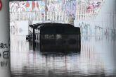 Κακοκαιρία «Μπάλλος» – Παρέμβαση εισαγγελέα για το λεωφορείο που «βούλιαξε» στην Λ. Ποσειδώνος
