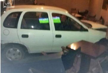 Αιτωλοακαρνανία: Εισβολή οχήματος σε καφενείο!
