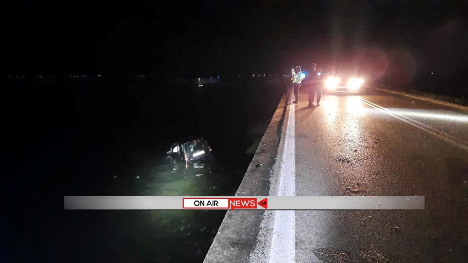 Αδιανόητο τροχαίο στο Μεσολόγγι: όχημα στη θάλασσα, 56χρονος Αγρινιώτης σοβαρά τραυματίας