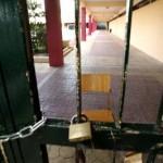 Κλιμακώνουν τον αγώνα τους οι μαθητές του Γυμνασίου Καλυβιών